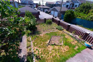 Photo 18: 2036 E 52 AVENUE in Vancouver: Killarney VE House for sale (Vancouver East)  : MLS®# R2296626