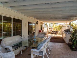 Photo 10: ENCINITAS House for sale : 6 bedrooms : 402 Cerro St