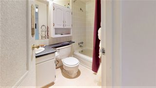 """Photo 9: 305 340 NINTH Street in New Westminster: Uptown NW Condo for sale in """"Park Westminster"""" : MLS®# R2434982"""