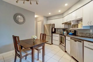 """Photo 8: 1213 PLATEAU Drive in North Vancouver: Pemberton Heights Townhouse for sale in """"Plateau Village"""" : MLS®# R2455455"""