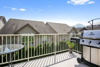 "Photo 20: 24 6498 SOUTHDOWNE Place in Chilliwack: Sardis East Vedder Rd Townhouse for sale in ""Village Greens"" (Sardis)  : MLS®# R2469774"