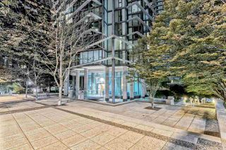 "Photo 22: 807 1331 W GEORGIA Street in Vancouver: Coal Harbour Condo for sale in ""THE POINTE"" (Vancouver West)  : MLS®# R2483635"