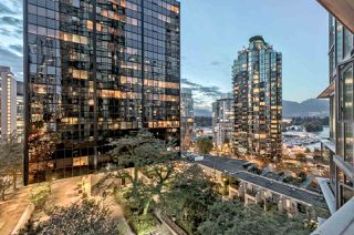 "Photo 4: 807 1331 W GEORGIA Street in Vancouver: Coal Harbour Condo for sale in ""THE POINTE"" (Vancouver West)  : MLS®# R2483635"