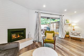 """Photo 2: 2315 MOUNTAIN Highway in North Vancouver: Lynn Valley Townhouse for sale in """"Yorkwood Park"""" : MLS®# R2483736"""