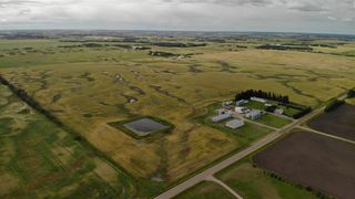 Photo 2: 26121 Twp Rd 562: Rural Sturgeon County House for sale : MLS®# E4210423