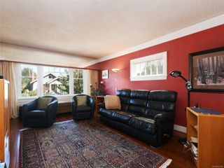 Photo 2: 544 Cornwall St in : Vi Fairfield West House for sale (Victoria)  : MLS®# 852280
