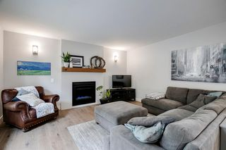 Photo 7: 315 Queen Charlotte Place SE in Calgary: Queensland Detached for sale : MLS®# A1042205