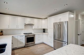 Photo 16: 315 Queen Charlotte Place SE in Calgary: Queensland Detached for sale : MLS®# A1042205