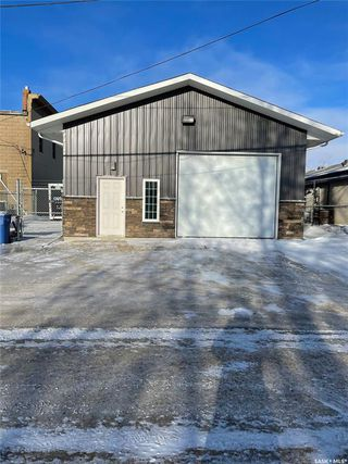 Main Photo: 121 South Railway Street in Balgonie: Commercial for sale : MLS®# SK837828