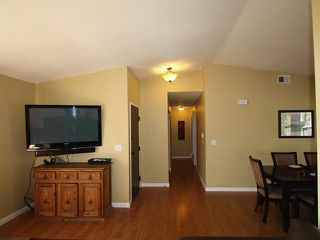 Photo 11: OCEANSIDE House for sale : 3 bedrooms : 4178 Galbar Place