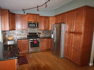 Photo 2: OCEANSIDE House for sale : 3 bedrooms : 4178 Galbar Place