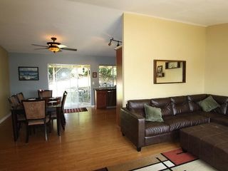 Photo 8: OCEANSIDE House for sale : 3 bedrooms : 4178 Galbar Place