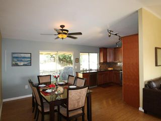 Photo 4: OCEANSIDE House for sale : 3 bedrooms : 4178 Galbar Place