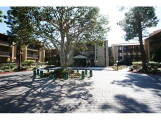Photo 13: PACIFIC BEACH Condo for sale : 2 bedrooms : 1775 Diamond Street #220