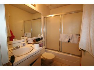 Photo 12: PACIFIC BEACH Condo for sale : 2 bedrooms : 1775 Diamond Street #220