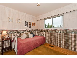 Photo 6: 4325 BARKER Avenue in Burnaby: Burnaby Hospital House for sale (Burnaby South)  : MLS®# V952050