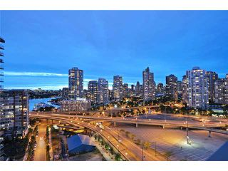 "Photo 9: 1905 33 SMITHE Street in Vancouver: Yaletown Condo for sale in ""Coopers Lookout"" (Vancouver West)  : MLS®# V954984"