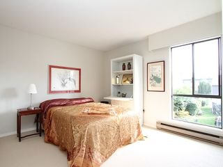 "Photo 12: # 302 3680 W 7TH AV in Vancouver: Kitsilano Condo for sale in ""JERICHO HOUSE"" (Vancouver West)  : MLS®# V998142"