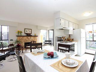"Photo 1: # 302 3680 W 7TH AV in Vancouver: Kitsilano Condo for sale in ""JERICHO HOUSE"" (Vancouver West)  : MLS®# V998142"