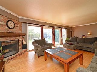 Photo 7: 1574 Sherway Dr in Mississauga: House (Backsplit 5) for sale : MLS®# W2628641