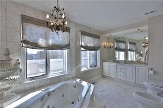 Photo 3: 549 Davenport Road in Toronto: Casa Loma Freehold for sale (Toronto C02)  : MLS®# C3128042