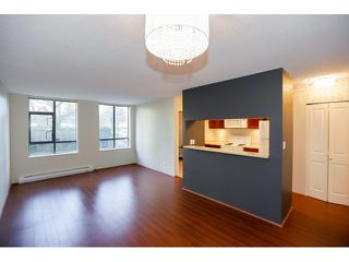Photo 4: # 106 3520 CROWLEY DR in Vancouver: Collingwood VE Condo for sale (Vancouver East)  : MLS®# V1111535