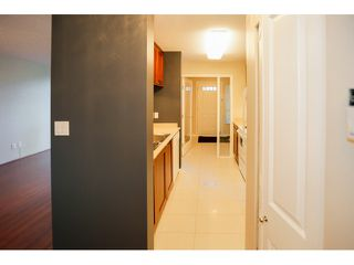 Photo 2: # 106 3520 CROWLEY DR in Vancouver: Collingwood VE Condo for sale (Vancouver East)  : MLS®# V1111535