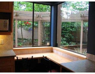 Photo 7: 104 1575 BALSAM ST in Vancouver: Kitsilano Condo for sale (Vancouver West)  : MLS®# V542181