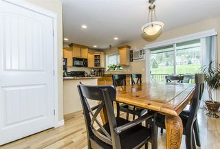 Photo 2: 58 5965 JINKERSON ROAD in Chilliwack: Promontory Townhouse for sale (Sardis)  : MLS®# R2054399