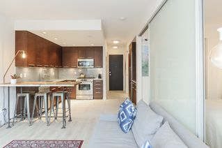 Photo 1: 206 2528 MAPLE STREET in Vancouver: Kitsilano Condo for sale (Vancouver West)  : MLS®# R2105698