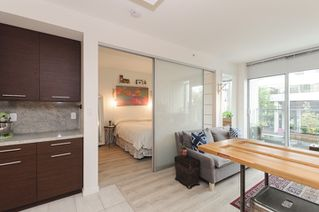 Photo 6: 206 2528 MAPLE STREET in Vancouver: Kitsilano Condo for sale (Vancouver West)  : MLS®# R2105698