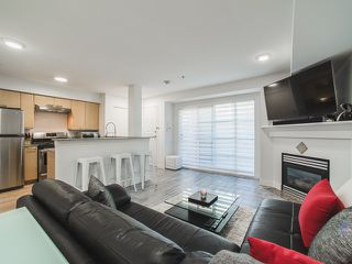 Photo 1: 224 678 W 7TH AVENUE in Vancouver: Fairview VW Condo for sale (Vancouver West)  : MLS®# R2107784