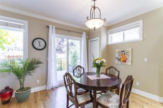 Photo 6: 15439 GOGGS AVENUE: White Rock House for sale (South Surrey White Rock)  : MLS®# R2304662