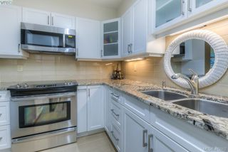 Photo 5: 303 139 Clarence Street in VICTORIA: Vi James Bay Condo Apartment for sale (Victoria)  : MLS®# 415662