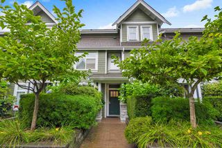 "Main Photo: 355 W 59TH Avenue in Vancouver: South Cambie Townhouse for sale in ""LANGARA GREEN"" (Vancouver West)  : MLS®# R2406253"