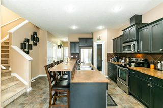 Photo 5: 10205 152 Street in Edmonton: Zone 21 House Half Duplex for sale : MLS®# E4174520