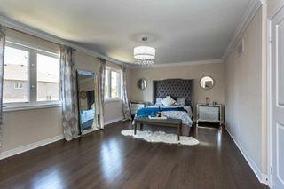 Photo 8: 28 Kempsford Crescent in Brampton: Northwest Brampton House (2-Storey) for sale : MLS®# W4587939