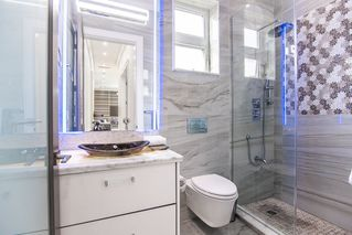 Photo 5: 1238 W 45TH Avenue in Vancouver: South Granville House for sale (Vancouver West)  : MLS®# R2411777