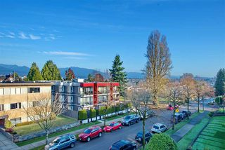 Photo 1: 6 636 E 8TH Avenue in Vancouver: Mount Pleasant VE Condo for sale (Vancouver East)  : MLS®# R2421100
