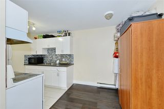 Photo 14: 6 636 E 8TH Avenue in Vancouver: Mount Pleasant VE Condo for sale (Vancouver East)  : MLS®# R2421100