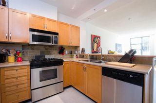 Photo 8: 215 2263 REDBUD Lane in Vancouver West: Home for sale : MLS®# R2185495
