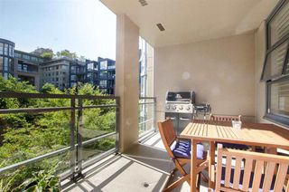 Photo 15: 215 2263 REDBUD Lane in Vancouver West: Home for sale : MLS®# R2185495