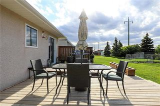 Photo 5: 22 Northview Place in Steinbach: R16 Residential for sale : MLS®# 202012587