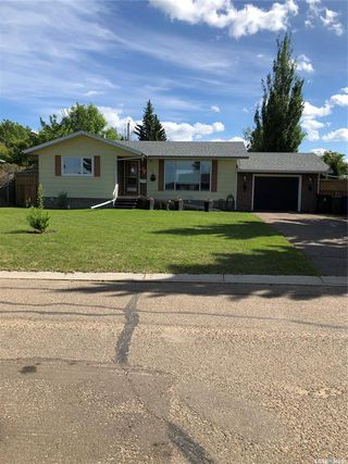 Photo 2: 41 23rd Street West in Battleford: Residential for sale : MLS®# SK814193