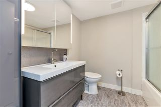 """Photo 8: 1605 3970 CARRIGAN Court in Burnaby: Government Road Condo for sale in """"DISCOVERY PLACE"""" (Burnaby North)  : MLS®# R2469921"""