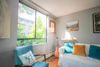 """Photo 8: 302 1108 NICOLA Street in Vancouver: West End VW Condo for sale in """"The Chartwell"""" (Vancouver West)  : MLS®# R2470025"""