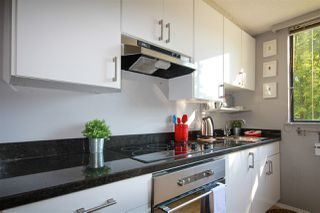"""Photo 17: 302 1108 NICOLA Street in Vancouver: West End VW Condo for sale in """"The Chartwell"""" (Vancouver West)  : MLS®# R2470025"""