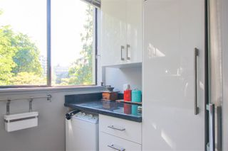 """Photo 2: 302 1108 NICOLA Street in Vancouver: West End VW Condo for sale in """"The Chartwell"""" (Vancouver West)  : MLS®# R2470025"""