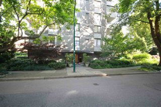 """Photo 25: 302 1108 NICOLA Street in Vancouver: West End VW Condo for sale in """"The Chartwell"""" (Vancouver West)  : MLS®# R2470025"""