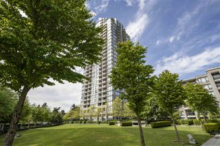 Photo 4: 1701 7108 COLLIER STREET in Burnaby: Highgate Condo for sale (Burnaby South)  : MLS®# R2455526
